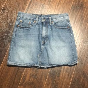 Levi Jean skirt size 27